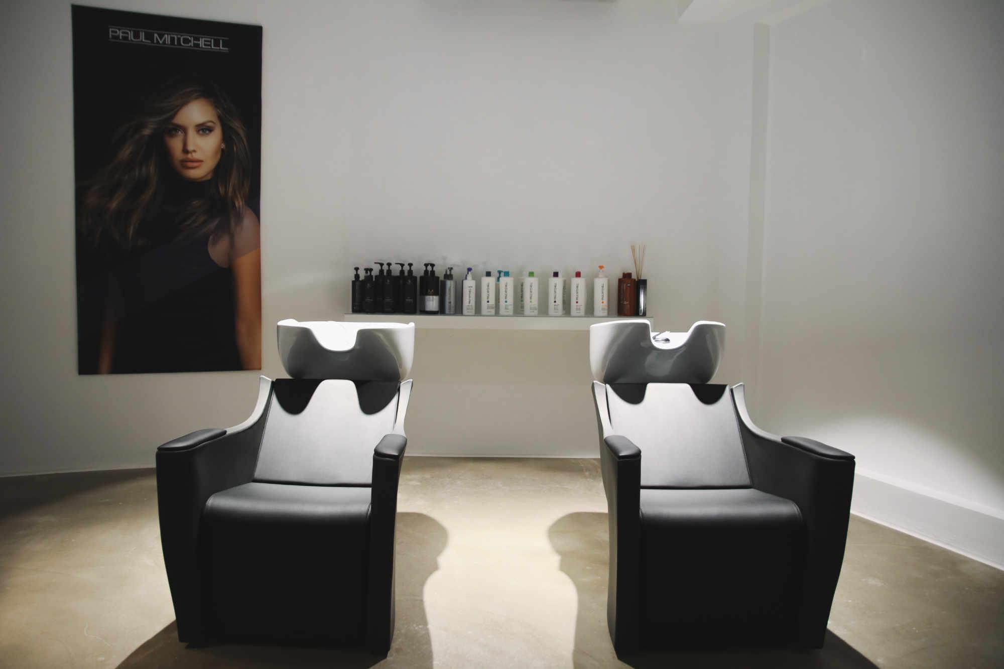 Haarschnitt,  Coloration und Styling in Perfektion